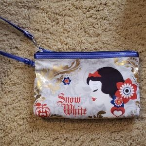 Snow White clutch makeup bag